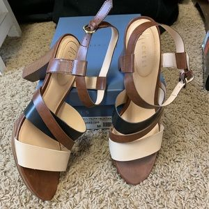 Nickels leather sandal size 9